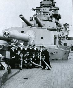 A and B turrets, HMS Hood 1940