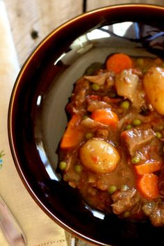 slow cooker sunday – beef stew - this recipe looks amazing!
