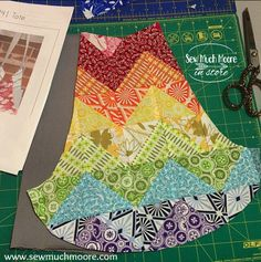 The 241 Tote by Noodlehead - Sew Much Moore must work up the courage to buy this pattern! Tote Pattern, Bag Patterns To Sew, Quilt Patterns, Sewing Hacks, Sewing Crafts, Sewing Projects, Festival Gear, How To Make Purses, Diy Tote Bag