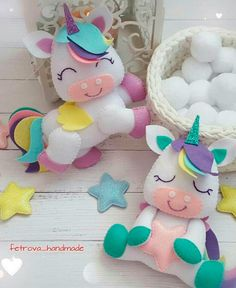 Make A Crochet Garden Unicorn Diy, Unicorn Party, Unicorn Pillow, Baby Unicorn, Felt Crafts, Diy And Crafts, Sewing Projects, Projects To Try, Baby Mobile