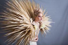 Gwendolynne Deco wedding dress - Photography: Lucy Davenport