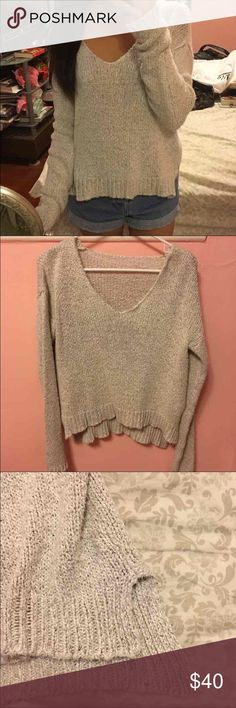 Brandy Melville sweater Worn once. V soft material. Cheaper on Ⓜ️ :) Brandy Melville Sweaters