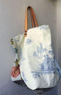 screw in hardware can be removed for washing of bag Handmade Handbags, Handmade Bags, My Bags, Purses And Bags, Sacs Tote Bags, Diy Sac, Boho Bags, Linen Bag, Fabric Bags