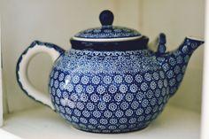 Bunzlau Castle Porcelain Ceramics, China Porcelain, Polish Pottery, Tea Time, Tea Pots, Joy, Hand Painted, Coffee, Tableware