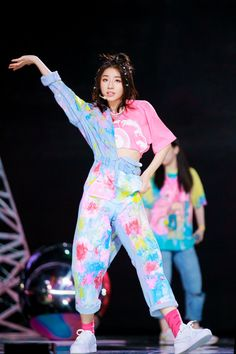 Korean Outfits Kpop, Kpop Fashion Outfits, Stage Outfits, Girly Outfits, Dance Outfits, Cute Outfits, All Star Outfit, Korean Photo, Dance Stage