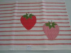 applique - tea towel / pano de prato