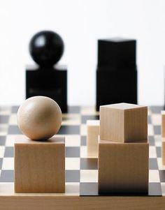 Bauhaus Design Chess Set Naef
