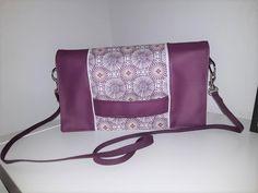 Pochette Cachôtin violette cousue par Amélie - Patron Sacôtin