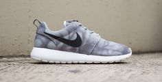 Nike Roshe Run Print Wolf Grey