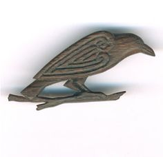 Pictish Raven Brooch in bog oak - (celts, celtic) Vikings Art, Raven Art, Jackdaw, Crows Ravens, Celtic Art, Celtic Dragon, Iron Age, Celtic Designs, Ancient Jewelry