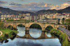 Roman bridge, Orense. Galicia. España.