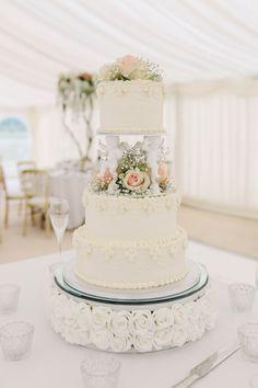 chocolate wedding cake from box mix Wedding Cake Roses, Fall Wedding Cakes, Wedding Cake Toppers, Classic Wedding Cakes, Summer Wedding, Traditional Roses, Traditional Wedding Cakes, Cake Pillars, Danielle Smith