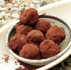 Chocolate Truffle Recipe | David Lebovitz | makes a great gift but only keeps for 1 week