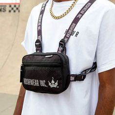 Shoulder Bag Chest Hoshwear Preta - Hoshwear Inc. Moda Streetwear, Shoulder Bags, Men, Fashion, Unisex, Fashion Trends, Black, Moda, Fashion Styles