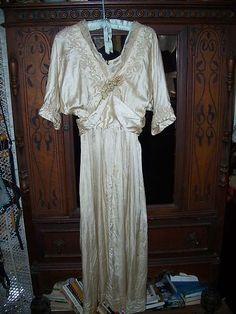 1910 Antique Wedding Dress