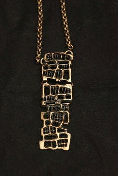 Unn Tangerud for Uni David Andersen (NO), vintage modernist bronze long necklace, 1960s. #norway | finlandjewelry.com