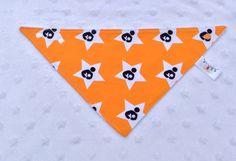 SOLDE** Bavette-foulard avec logo allaitement Orange Gamme PROXIMITÉ pour bébé bavoir bandana bibdana coton orange et ratine blanche de la boutique Bavettesetcompagnie sur Etsy