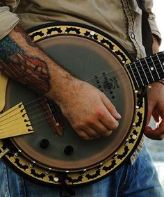 Deering Phoenix™ Acoustic/Electric 6-String Banjo - I want one!