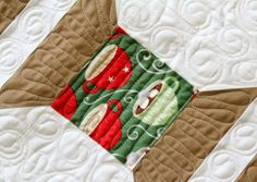 Christmas Spools QuiltTutorial on the Moda Bake Shop. Quilting Tutorials, Quilting Designs, Quilting Ideas, Free Motion Quilting, Hand Quilting, Quilt Block Patterns, Quilt Blocks, Spool Quilt, Spool Crafts