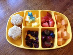 Love this new Dr. Sears bento box. Perfect size for a toddler lunch.
