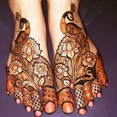 Engagement Mehndi Designs, Latest Bridal Mehndi Designs, Modern Mehndi Designs, Mehndi Designs For Girls, Wedding Mehndi Designs, Latest Mehndi Designs, Mehndi Desing, Legs Mehndi Design, Dulhan Mehndi Designs