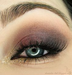 Gorgeous 'Smoked Plum' look by Tiril using Makeup Geek's Burlesque, Gold Digger, Peach Smoothie and Sensuous eyeshadows.