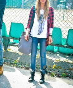 The Tomboy Trend: How to Still Look Girly