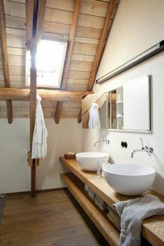 Meuble salle de bain bois en support lavabos planche solide conception intérieur design