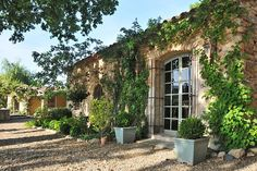 Haven in Paris : Provence Luxury Vacation Villa & Holiday Rental: Bonnieux Countryside Villa