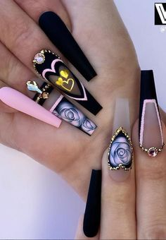 48 of These Black Coffin Nails Art Enhancements are The Most Fashionable - Lily Fashion Style - Nails Ongles Bling Bling, Bling Nails, Nail Swag, Nail Art Designs, Exotic Nail Designs, Acrylic Nail Designs, Nagel Bling, Black Coffin Nails, Black Manicure