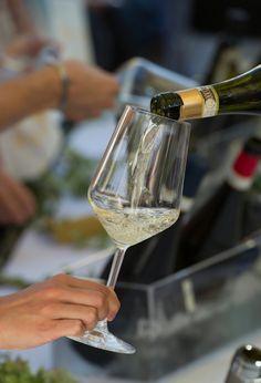 12 GIUGNO, ore 19, TUTTO IL GAVI A GENOVA, il giorno del Grande Bianco Piemontese, Palazzo Imperiale. Degustazione di oltre 70 etichette della Denominazione, sfida tra focaccia gaviese e genovese, prosciutto crudo di Cuneo DOP, acciughe fritte. #wineandfood #wine #liguria #piemonte#gavi #genova #italy #italianstyle #winelover #wineevents #winestyle #happygavi