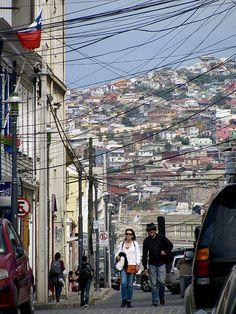 Cerro Concepción | por Apuntes y Viajes Visit Chile, Bolivia, Ecuador, South America, Traveling By Yourself, Street View, Koh Tao, Country, City