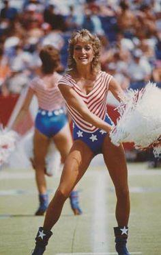 Vintage Patriots Cheerleaders #Patriots #america