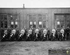 Riding Vintage article on the US Military Police astride their Harley-Davidson Motorcycles. Military Police Army, Us Army, Harley Davidson Wla, Harley Davidson Motorcycles, British Motorcycles, Used Motorcycles, Motorcycle Shop, War Dogs, Cool Pictures