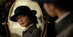 She's going to wear glasses! GLASSES, GUYS! | The New Wonder Woman Movie Officially Looks Amazing