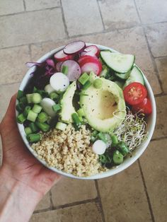 healthy salad... this tumblr sight has good healthy meal ideas