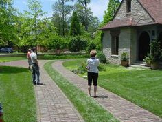 brick grass driveway - photographed by Heather Moll-Dunn Landscape and Garden Design on the Connoisseur's Garden Tour around Atlanta Brick Paver Driveway, Cobblestone Driveway, Driveway Entrance, Driveway Landscaping, Driveway Ideas, Commercial Landscape Design, Metal Garden Gates, Driveway Design, Outdoor Retreat