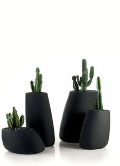 Vondom - STONES Vase / Planter