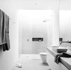'Minimal Interior Design Inspiration' is a weekly showcase of some of the most perfectly minimal interior design examples that we've found around the web - all White Subway Tile Bathroom, Small Bathroom Tiles, New Bathroom Designs, Modern Bathroom Design, Bathroom Interior Design, Master Bathroom, Bathroom Ideas, Basement Bathroom, Modern Design