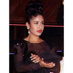 """My facial expression 24/7 lol #Selena #Selenaquintanilla"""