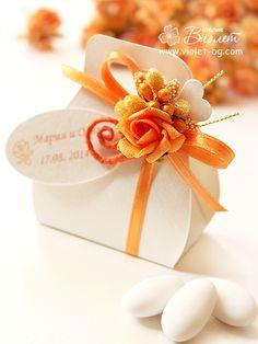 Orange rose favor box, wedding gift box, wedding bombonniere from www.violet-bg.com