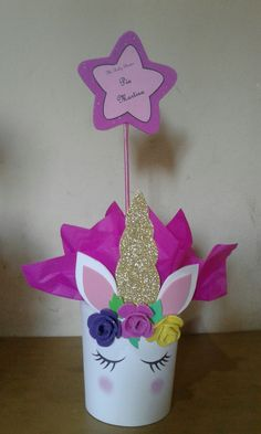 Simply Adorable Princess Birthday Party Ideas to Inspire Party Unicorn, Unicorn Themed Birthday Party, Unicorn Baby Shower, 1st Birthday Parties, Birthday Party Decorations, Kids Crafts, Unicorn Crafts, First Birthdays, Princess Birthday