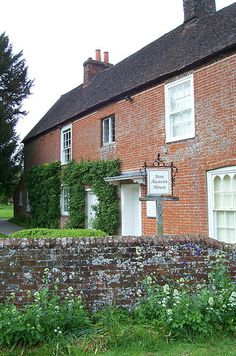 2017 marks the anniversary of Jane Austen's death. The Jane Austen House museum in Chawton, England is a great place to visit. Mr. Darcy, Oh The Places You'll Go, Places To Visit, Literary Travel, Jane Austen Books, Adventure Is Out There, Dream Vacations, About Uk, Countryside