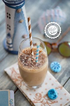 Frappe (Cold Coffee) – Kitchen Secrets – Practical Recipes – Some Popular Pins Series Frappe, Frappuccino, Delicious Cake Recipes, Yummy Cakes, Bruschetta, Easy Summer Cocktails, Potluck Desserts, Easy Sweets, Guacamole