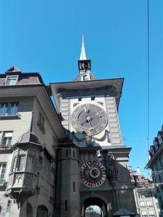 Das Beste von Bern mit Kindern - Unsere Schweizer Erlebnisse Bern, San Francisco Ferry, Big Ben, Building, Travel, Swiss Guard, Kids, Viajes, Buildings