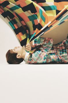 "SHINee releases Onew's teaser photos for ""Dream Girl""!"