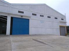 Estrena bodega en renta de 1300 m2 anden  a piso de bodega y portón para…