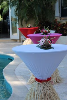 aloha party Hawaiian cocktail tables with coconut centerpieces Aloha Party, Luau Theme Party, Hawaiian Luau Party, Hawaiian Birthday, Luau Birthday, Tropical Party, Adult Luau Party, Hawaiian Party Decorations, Hawaiian Decor