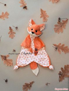 Sock Crafts Cat Crafts Baby Sewing Sewing For Kids Sewing Dolls Crochet Toys Crochet Baby Diy Toys Bunny Sewing Stuffed Animals, Stuffed Toys Patterns, Animal Sewing Patterns, Baby Patterns, Baby Sewing Projects, Sewing For Kids, Baby Raccoon, Baby Lovey, Baby Comforter
