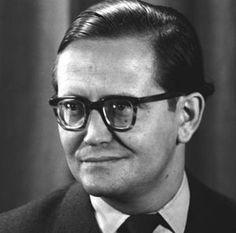 """Karl Eduard von Schnitzler, Moderator des """"schwarzen Kanals"""", 1956.Auch genannt  """"Sudelede"""""""